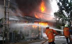 Kebakaran di Jalan Landak Baru