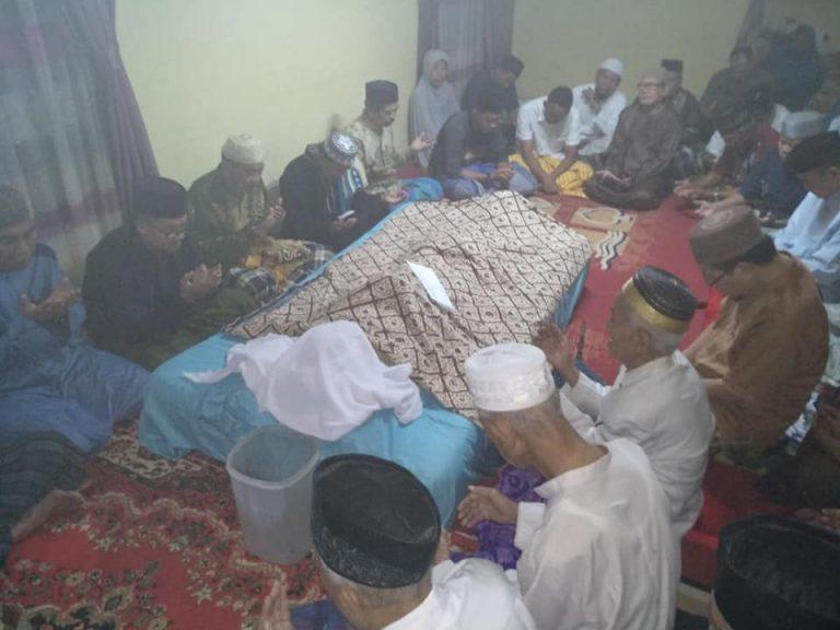 Almarhum Haji Mado Achmad Dg Sese