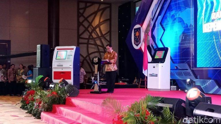 Luncurkan 'ATM' Dukcapil, Mendagri harap jadi contoh layanan publik