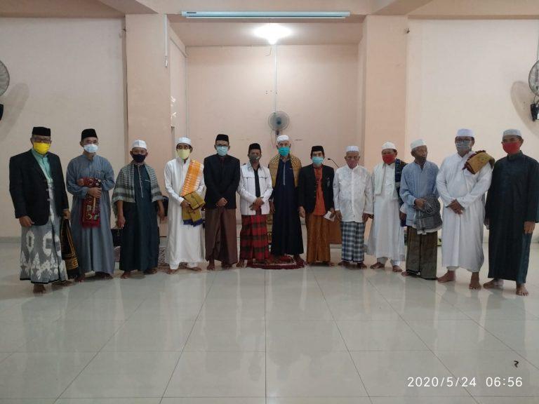 Sholat Idulfitri di Masjid Besar Al-Abrar Berlangsung Lancar